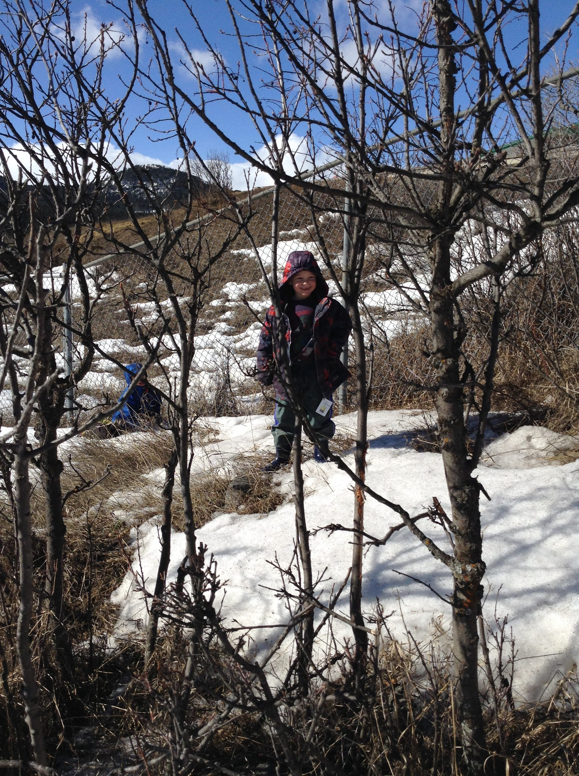 Risky Play Why Children Love It And >> Risky Play On The Schoolyard Child And Nature Alliance Of Canada